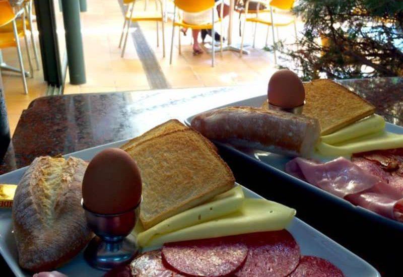 Cafeteria Milan 13